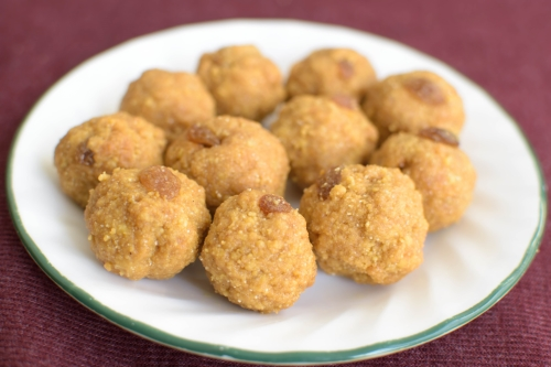 Besan Ladoo with jaggery| poojascookery.com