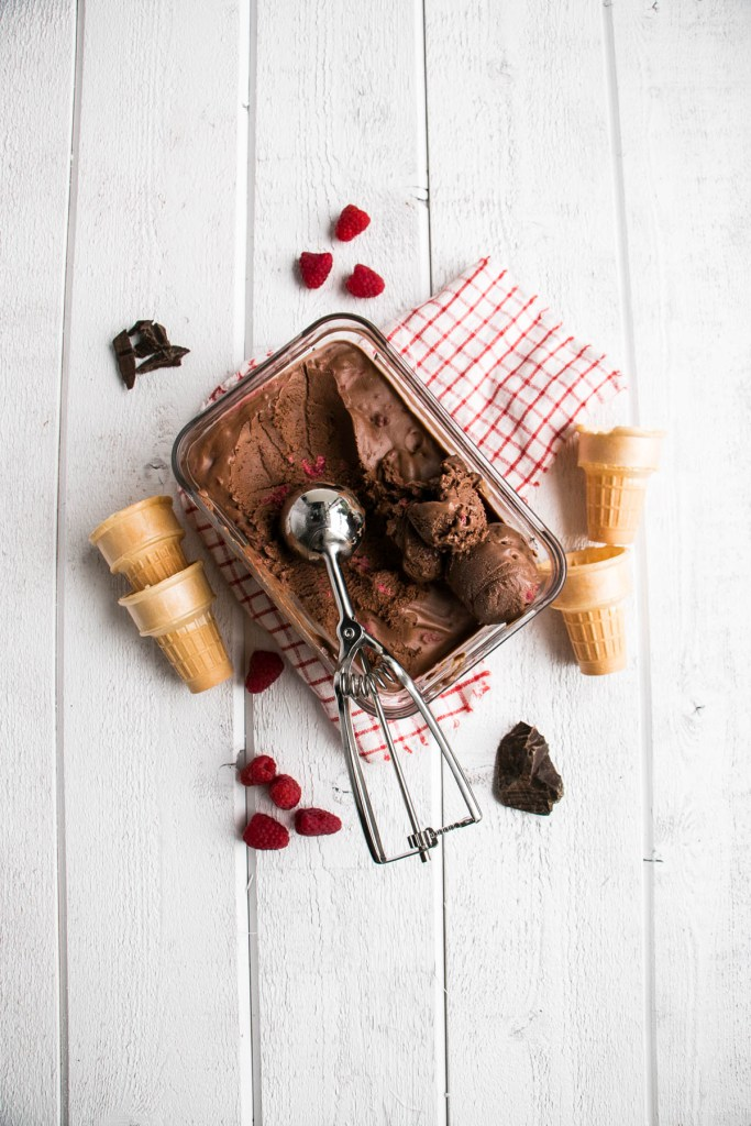 Dark Chocolate Raspberry Ice Cream| poojascookery.com
